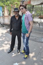 at Hume Toh Loot Liya on location in Andheri, Mumbai on 20th March 2014 (80)_532c25f84d91c.JPG