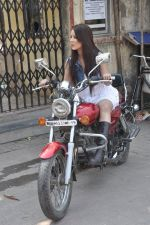 at Hume Toh Loot Liya on location in Andheri, Mumbai on 20th March 2014 (82)_532c25f91113d.JPG