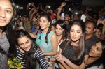 Ileana D_Cruz, Nargis Fakhri at Main Tera Hero promotions in Thane, Mumbai on 22nd March 2014 (91)_532ebea1b5390.JPG