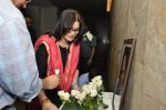Sarika at Club 60 screening on occasion of 100 days and tribute to Farooque Shaikh in Lightbox, Mumbai on 23rd March 2014 (93)_53301b8b021a4.JPG