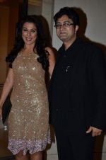 Pooja Bedi, Parsoon Joshi at Times Now NRI Awards in Mumbai on 24th March 2014 (20)_53316ce961043.JPG