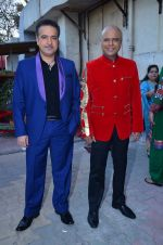 Ravi Behl, Naved Jaffrey on the sets of Boogie Woggie grand finale in Malad, Mumbai on 25th March 2014 (7)_5332c30ec4d76.JPG