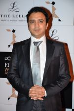 at Loreal Paris Women Awards in Mumbai on 27th March 2014 (58)_5335b6d4d7cf2.JPG
