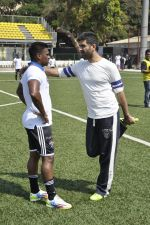 at Celebrity Football Match 2014 in Mumbai on 29th March 2014 (25)_53378a5ca8f50.JPG