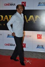 Rajinikanth at the Premiere of the film Kochadaiiyaan in Mumbai on 30th March 2014 (44)_5339731b7fa2c.JPG