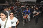 Varun Dhawan takes Ekta Kapoor for a bike ride to promote Main Tera Hero in Goregaon, Mumbai on 31st March 2014 (28)_533aa55a74189.JPG