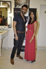 Sandip Soparkar at Juhi Pande_s book reading at JCB Salon_s in Mumbai on 2nd April 2014 (73)_533d4610635f0.JPG