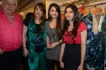 Soha Ali Khan, Zarine Khan at designer Sonya Vajifdar_s launch at FIZAA in Mumbai on 2nd April 2014 (67)_533d490d5c7c4.JPG