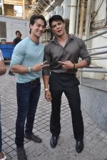 Tiger Shroff , Sahil Khan at Heropanti launch in Mumbai on 4th April 2014 (84)_533fd8200fbd3.JPG