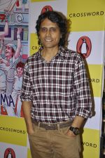 Nagesh Kukunoor at Champs of Devgarh book launch in Crossword Book Store, Mumbai on 5th April 2014 (16)_5342aa670ced1.JPG