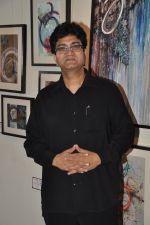 Parsoon Joshi at Aamir Khan_s sister Nikhat Khan art showcase in Cymroza art gallery on 11th April 2014 (11)_53492689ee5d6.JPG