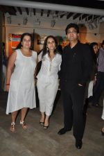 Parsoon Joshi, Reena Dutta at Aamir Khan_s sister Nikhat Khan art showcase in Cymroza art gallery on 11th April 2014 (11)_534925e79f6a8.JPG