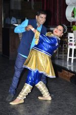 Bharti Singh, Raju Shrivastav at Zee Tv launches new serial Gangs of Hasseepur in Mumbai on 17th April 2014 (29)_5351710014563.JPG
