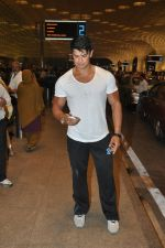 Sahil Khan leave for IIFA Tampa on day 1 in Mumbai on 21st April 2014 (105)_53560f5edf063.JPG