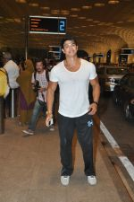 Sahil Khan leave for IIFA Tampa on day 1 in Mumbai on 21st April 2014 (98)_53560f2b8be70.JPG