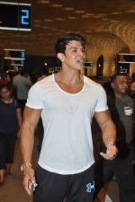 Sahil Khan leave for IIFA Tampa on day 1 in Mumbai on 21st April 2014 (101)_53560f413163f.JPG