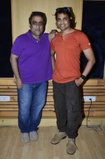 Kunal Ganjawala at an Interview for Bhojpuri Film in Mumbai on 22nd April 2014 (54)_535741b0129e2.JPG