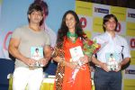 Shobhaa De and Vishwaveer Singh at Yash Birla_s On A Prayer Book Launch in Crossword, Inorbit Mall, Mumbai on 22nd April 2014 (25)_5357415427f0b.JPG