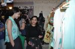 Lekha Washington at Nisha Sainani_s Summer Collection Preview in Mumbai on 25th April 2014 (23)_535b4b052f42f.JPG