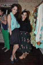 Lekha Washington at Nisha Sainani_s Summer Collection Preview in Mumbai on 25th April 2014 (24)_535b4b0c8e85f.JPG