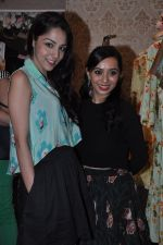 Lekha Washington at Nisha Sainani_s Summer Collection Preview in Mumbai on 25th April 2014 (25)_535b4b75d37af.JPG