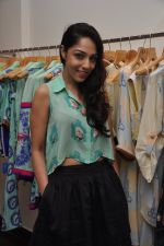 Lekha Washington at Nisha Sainani_s Summer Collection Preview in Mumbai on 25th April 2014 (31)_535b4b442b536.JPG