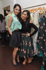 Lekha Washington at Nisha Sainani_s Summer Collection Preview in Mumbai on 25th April 2014 (34)_535b4b5bbaa6c.JPG