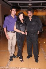 Bobby,Kishori,Deepak Balraaj at Kishori Shahane b_day party in Country Club, Andheri, Mumbai on 26th April 2014_535dfa55a79d1.JPG
