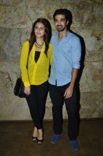 Huma Qureshi, Saqib Saleem at the Special Screening of Hawaa Hawaai in Lightbox, Mumbai on 29th April 2014 (39)_5360d942d82e7.JPG