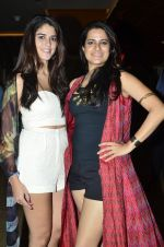 Izabelle Liete, Sona Mohapatra at the Special screening of Purani Jeans in Mumbai on 1st May 2014 (5)_5363558207cdb.JPG