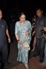 Kiron Kher visit Aditya Chopra_s residence in Mumbai on 4th May 2014 (6)_536794b32a367.JPG