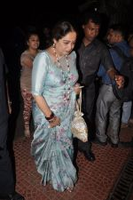 Kiron Kher visit Aditya Chopra_s residence in Mumbai on 4th May 2014 (8)_536794c3a242f.JPG
