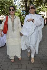 Salma khan, Alvira Khan at the launch of CODS first calendar at Coffee with Muffi event in Mumbai on 4th May 2014 (14)_53677d30e347c.JPG