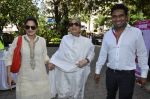 Salma khan, Alvira Khan, Mushtaq Sheikh at the launch of CODS first calendar at Coffee with Muffi event in Mumbai on 4th May 2014 (16)_53677cef54f38.JPG
