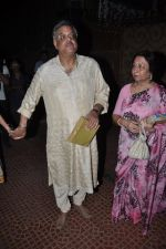 Siddharth Kak visit Aditya Chopra_s residence in Mumbai on 4th May 2014 (37)_536794efb151b.JPG