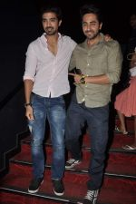 Ayushmann Khurrana promotes Hawaa Hawaai with Saqib Saleem in PVR, Mumbai on 9th May 2014 (45)_536dbf44633f3.JPG
