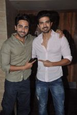 Ayushmann Khurrana promotes Hawaa Hawaai with Saqib Saleem in PVR, Mumbai on 9th May 2014 (50)_536dc0fea408e.JPG