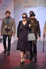 Model walks for Tassel 2014 in Mumbai on 9th May 2014 (100)_536dbb900a673.JPG