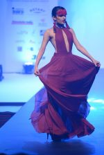 Model walks for Tassel 2014 in Mumbai on 9th May 2014 (118)_536dbbc727667.JPG