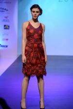 Model walks for Tassel 2014 in Mumbai on 9th May 2014 (150)_536dbc398f5c6.JPG