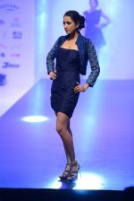 Model walks for Tassel 2014 in Mumbai on 9th May 2014 (98)_536dbb889ecf3.JPG