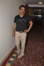 Pawan Malhotra at the Children of War press meet in Juhu, Mumbai on 12th May 2014 (16)_537182a37cb41.JPG