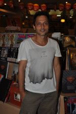 Sujoy Ghosh at the launch of Pratima Kapur_s Tapestry Book in Mumbai on 15th May 2014 (3)_53757d94de15b.JPG