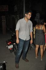 Junaid Khan snapped outside Pali Bhuvan in Bandra, Mumbai on 17th may 2014 (62)_53789d9dc06d5.JPG