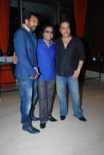 Javed Jaffrey, Ravi behl at Unforgettable music launch in Novotel, Mumbai on 20th May 2014 (59)_537caf2ee0263.JPG