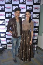 Siddharth Gupta, Simran Kaur Mundi at the launch of MTV_s new show Jhand Hogi Sabki in Parle, Mumbai on 20th May 2014 (53)_537cad61f3d0b.JPG