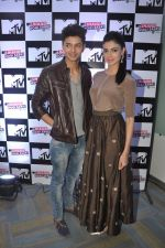 Siddharth Gupta, Simran Kaur Mundi at the launch of MTV_s new show Jhand Hogi Sabki in Parle, Mumbai on 20th May 2014 (55)_537cad628efaa.JPG