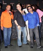 naved jaaferi, ravi behl and choreographer longinus fernandes at the boogie woogie karaoke night at rude lounge, bandra_537cb4d2570bc.jpg
