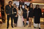 Chetan Hansraj, Lavania Pereira, Nisha Jamwal, Sudeepa Singh, Vida Samadzai, Prahlad Kakkar at Zoya launches its new store & stunning new collection Fire in Mumbai on 22nd May 2014 (12)_537f28331a82f.JPG
