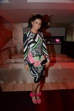 Rucha Gujrathi at Zoya launches its new store & stunning new collection Fire in Mumbai on 22nd May 2014 (122)_537f27efadf87.JPG